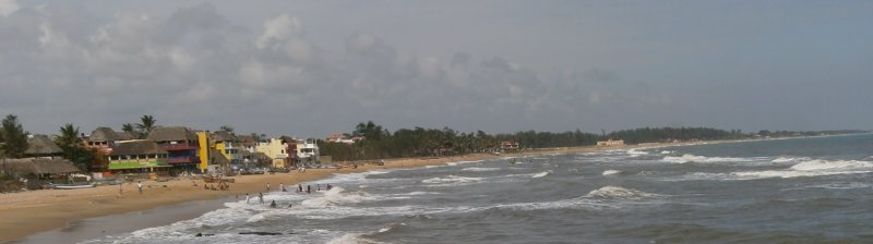Mahabalipuram beach. Tourist Lodge on the left.
